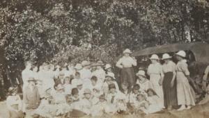 picnic 1915