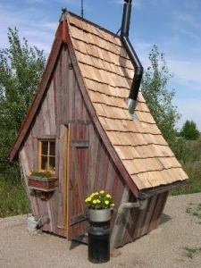 creative outhouse