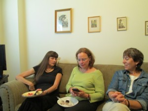 Kathy, Katharine and Meg on Alice's sofa