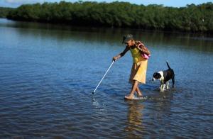 Costa Rican fisherwoman Cecelia Villegas photographed by Juan Carlos Ulate.
